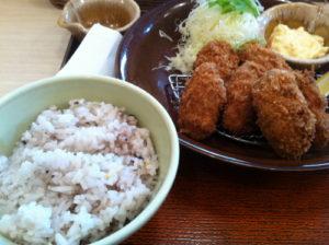 大戸屋カキフライ定食2